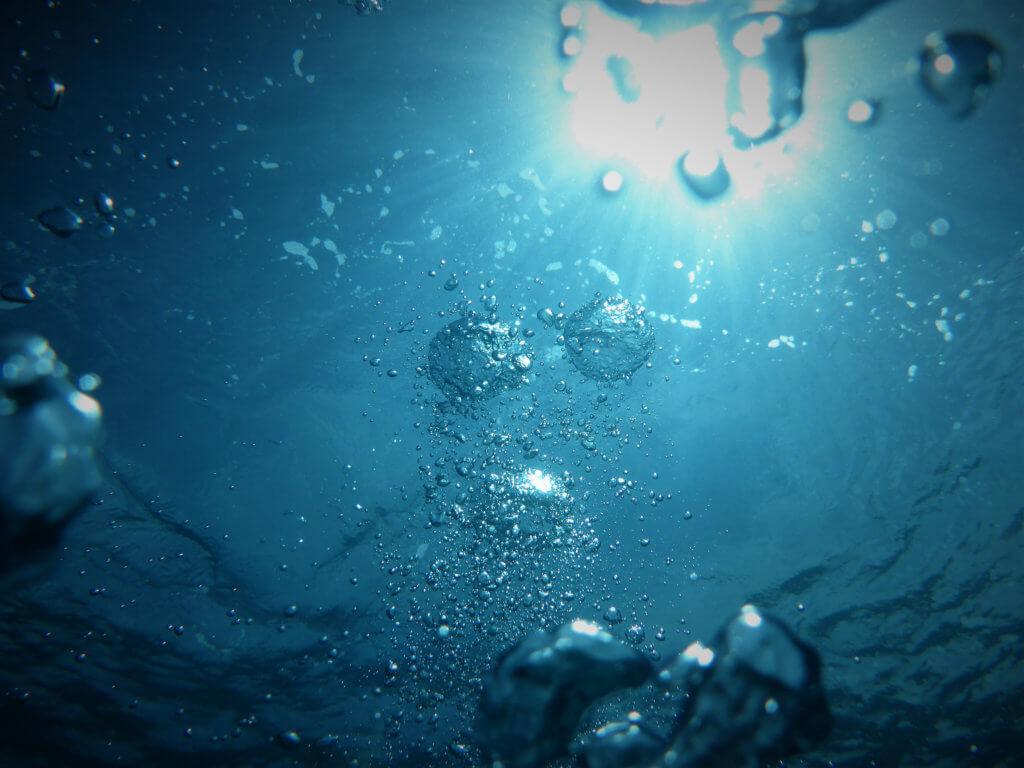 Wasser sparen - Unterwasserfoto