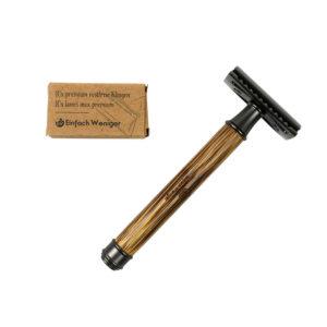 Produktfoto des Rasierhobels und einer Packung Rasierklingen