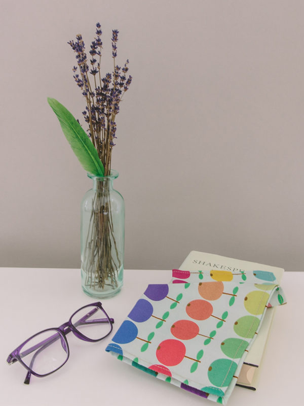 Produktfoto des Stofftaschentuchs Tashi