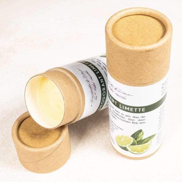Bild mit zwei Deosticks des Deodorants Limette