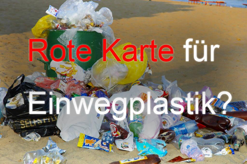 Plastikverbot 2021 - Ein überquellender Mülleimer